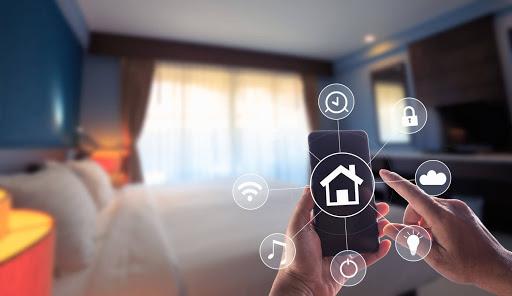 Nhà thông minh là ngôi nhà điều khiển được bằng smartphone, giọng nói