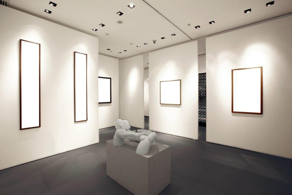 Đèn LED spotlight thông minh ứng dụng trong nghệ thuật