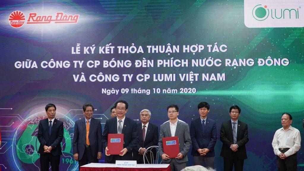 Lumi-hop-tac-Rang-dong-1